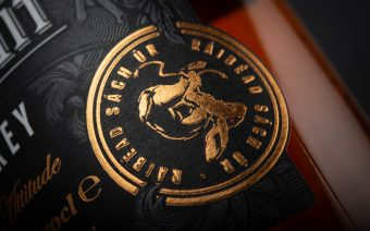 Dead-Rabbit-Whiskey-Label-Rabbit-Badge-1920×1280